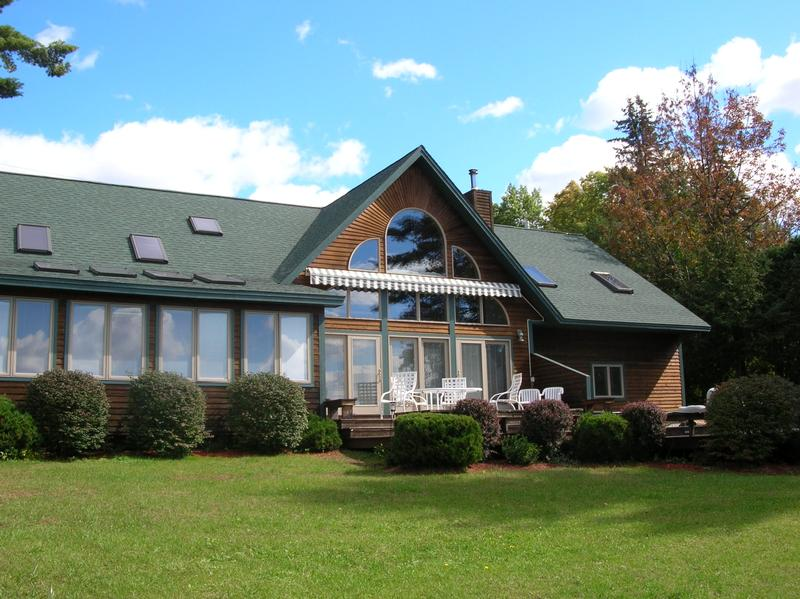 Lake George Vacation Rental: Gunn Lane