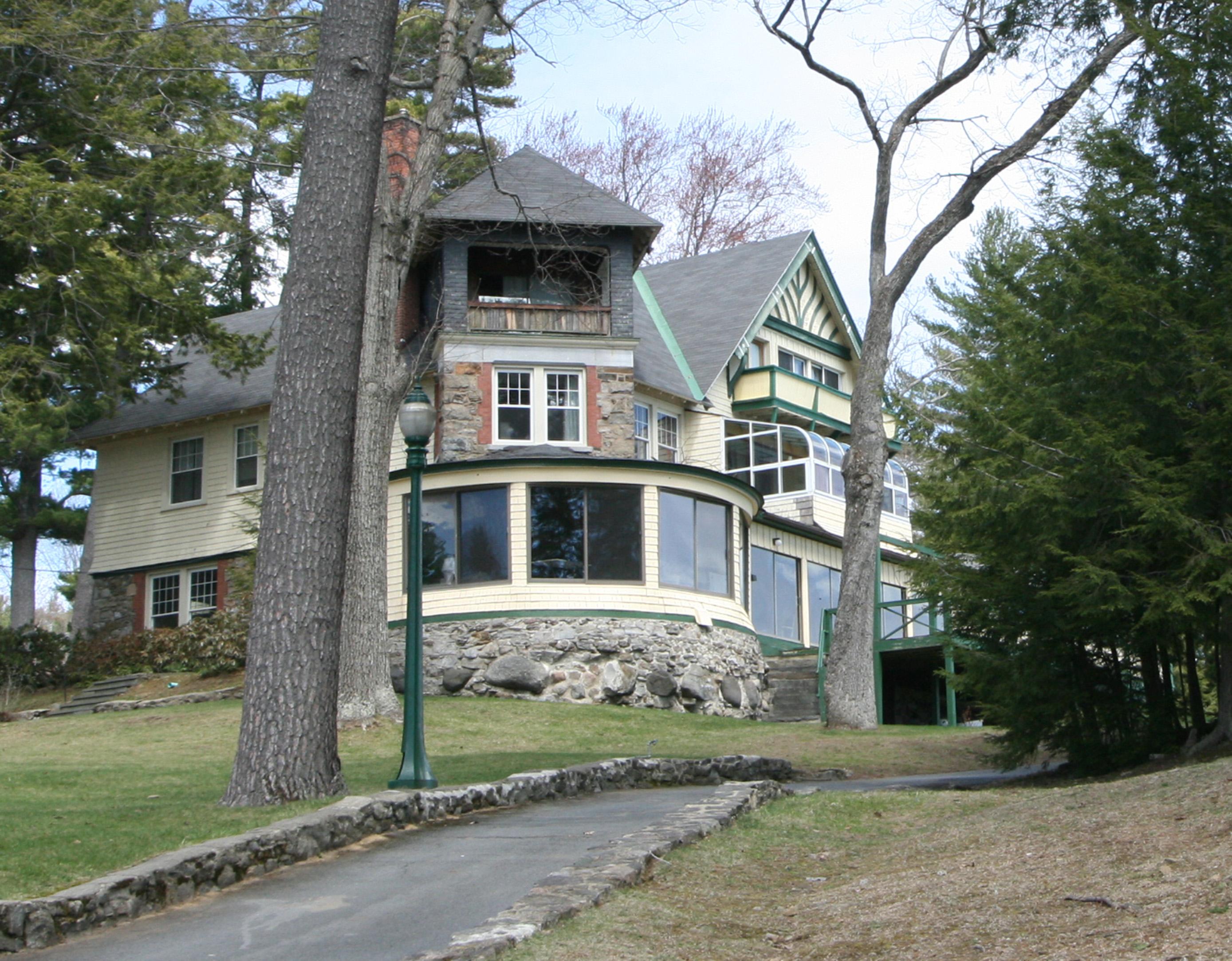 The Denison Mansion