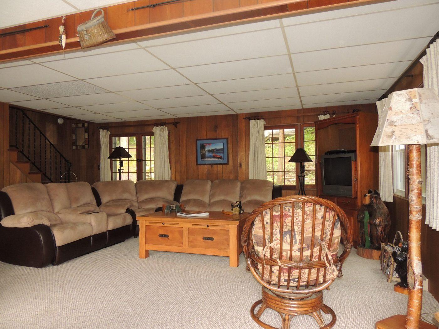 Queensbuey Ny Furniture Rental